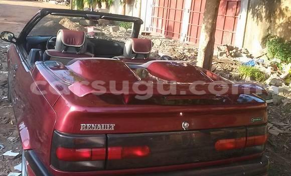 Acheter Neuf Voiture Renault 19 Noir à Ouagadougou au Burkina-Faso