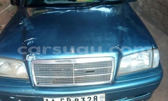 Acheter Occasion Voiture Mercedes-Benz C-klasse Bleu à Ouagadougou, Burkina-Faso