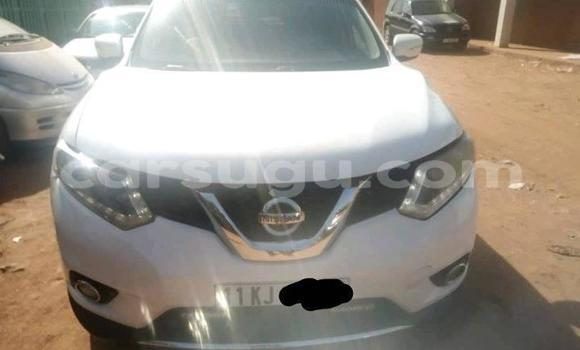 Acheter Occasion Voiture Nissan Rogue Blanc à Ouagadougou, Burkina-Faso