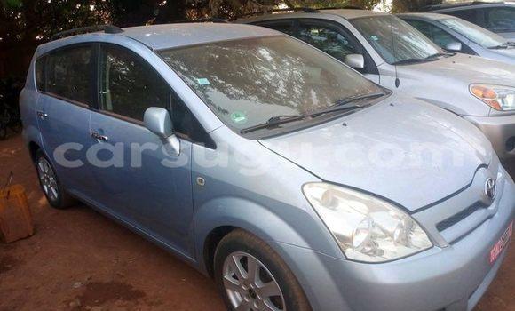 Acheter Occasion Voiture Toyota Verso Bleu à Ouagadougou, Burkina-Faso
