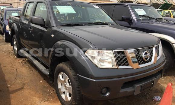 Acheter Occasion Voiture Nissan Navara Noir à Ouagadougou au Burkina-Faso