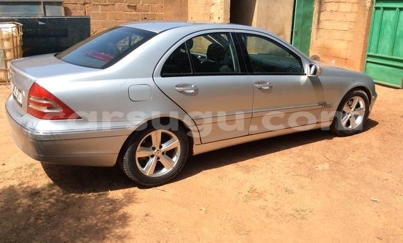 Acheter Occasion Voiture Mercedes‒Benz KOMPRESSOR Gris à Ouagadougou au Burkina-Faso