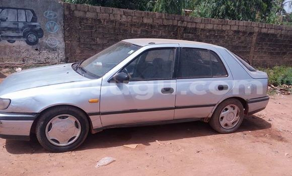Acheter Occasion Voiture Nissan Sunny Noir à Ouagadougou, Burkina-Faso