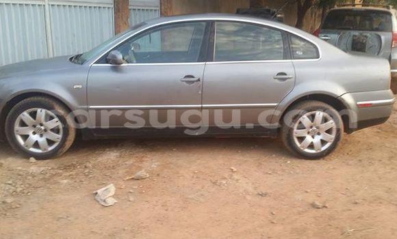 Acheter Occasion Voiture Volkswagen Passat Noir à Ouagadougou au Burkina-Faso