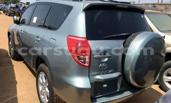 Acheter Occasion Voiture Toyota RAV4 Noir à Ouagadougou, Burkina-Faso