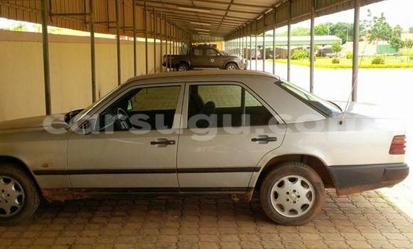 Acheter Occasion Voiture Mercedes‒Benz 250 Noir à Ouagadougou, Burkina-Faso