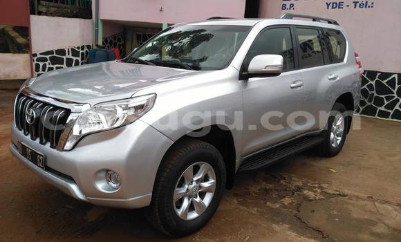 Acheter Occasion Voiture Toyota Land Cruiser Prado Rouge à Ouagadougou, Burkina-Faso