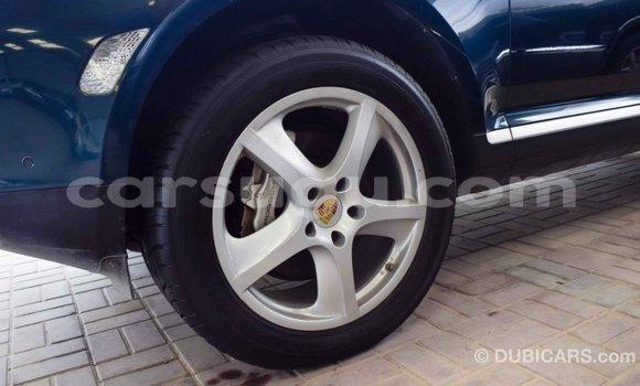 Acheter Importé Voiture Porsche Cayenne Vert à Import - Dubai, Burkina-Faso