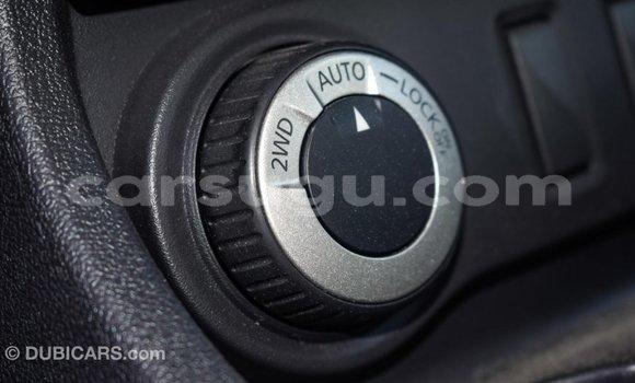 Acheter Importé Voiture Renault Duster Blanc à Import - Dubai, Burkina-Faso