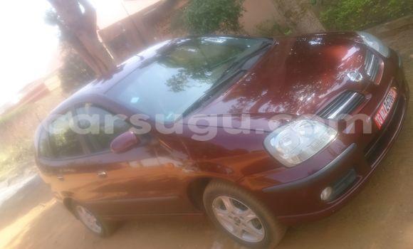 Acheter Occasion Voiture Nissan Almera Rouge à Bobo Dioulasso, Burkina-Faso