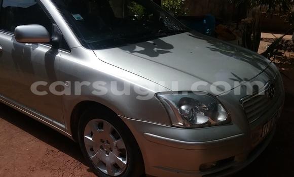 Acheter Occasion Voiture Toyota Avensis Gris à Ouagadougou au Burkina-Faso