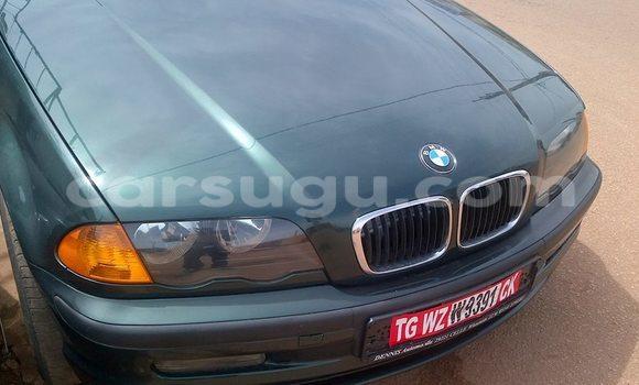 Acheter Neuf Voiture BMW 3–Series Vert à Ouagadougou au Burkina-Faso
