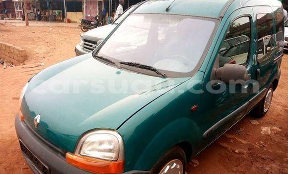 Acheter Occasion Voiture Renault Kangoo Vert à Ouagadougou, Burkina-Faso
