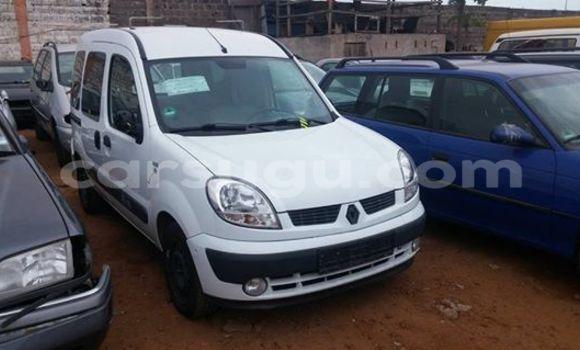 Acheter Neuf Voiture Renault Kangoo Blanc à Ouagadougou au Burkina-Faso