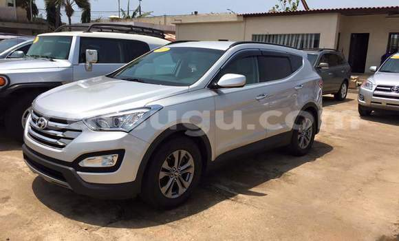 Acheter Occasion Voiture Hyundai Santa Fe Gris à Ouagadougou, Burkina-Faso