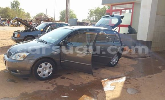 Acheter Occasions Voiture Toyota Corolla Noir à Ouagadougou au Burkina-Faso