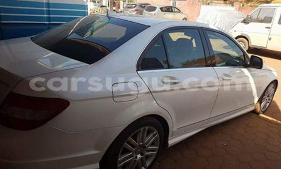 Acheter Neuf Voiture Mercedes‒Benz C–Class Blanc à Ouagadougou, Burkina-Faso