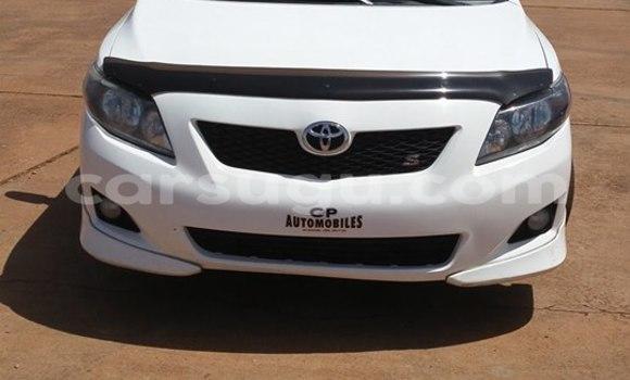Acheter Neuf Voiture Toyota Corolla Blanc à Ouagadougou, Burkina-Faso