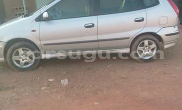 Acheter Occasion Voiture Nissan Almera Gris à Ouagadougou, Burkina-Faso