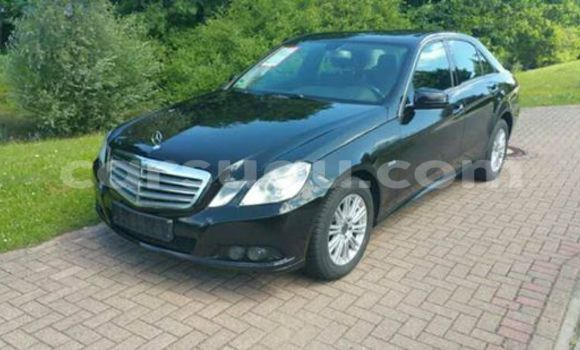 Acheter Neuf Voiture Mercedes‒Benz 200 Noir à Ouagadougou, Burkina-Faso
