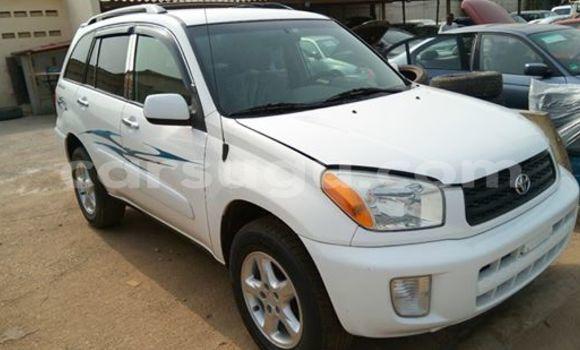 Acheter Neuf Voiture Toyota RAV4 Blanc à Ouagadougou au Burkina-Faso