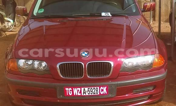 Acheter Occasion Voiture BMW 3-Series Rouge à Ouagadougou au Burkina-Faso