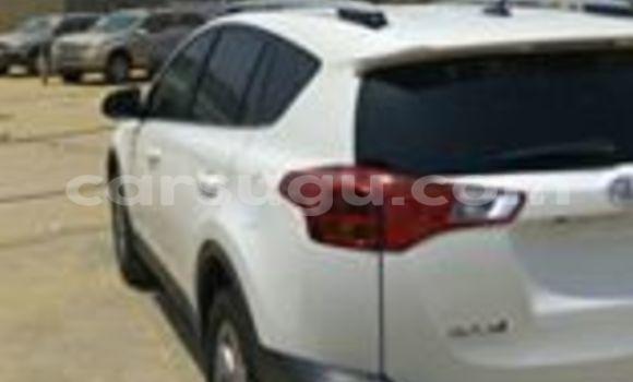 Acheter Neuf Voiture Toyota RAV4 Blanc à Ouagadougou, Burkina-Faso