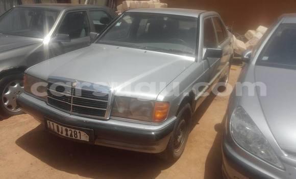 Acheter Occasion Voiture Mercedes‒Benz 190 Gris à Ouagadougou, Burkina-Faso