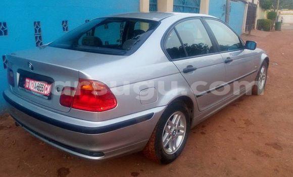 Acheter Occasions Voiture BMW 3–Series Gris à Ouagadougou au Burkina-Faso
