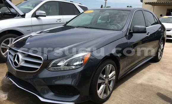 Acheter Occasion Voiture Mercedes-Benz 4Matic Noir à Ouagadougou, Burkina-Faso