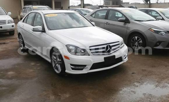 Acheter Occasion Voiture Mercedes‒Benz C-Class Blanc à Ouagadougou au Burkina-Faso