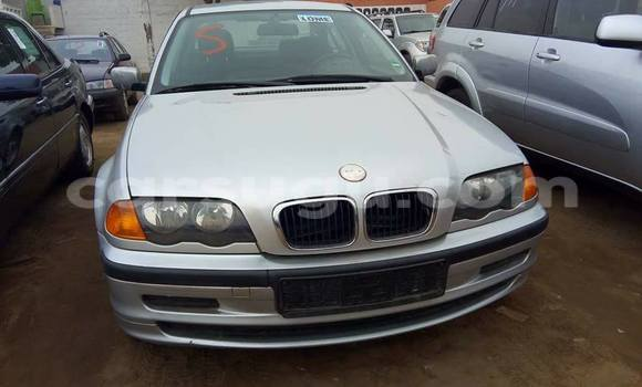 Acheter Occasion Voiture BMW 3-Series Gris à Ouagadougou au Burkina-Faso