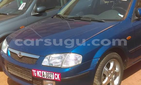 Acheter Occasions Voiture Mazda 323 Bleu à Ouagadougou au Burkina-Faso