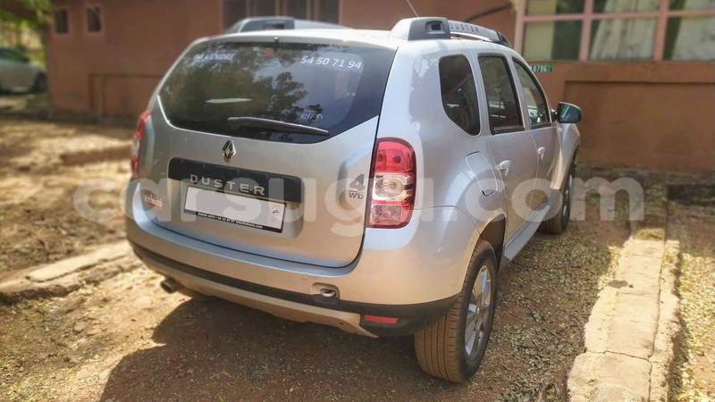 Big with watermark renault duster burkina faso bobo dioulasso 5371