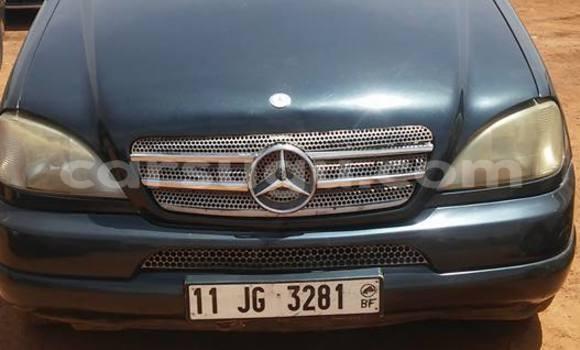 Acheter Occasion Voiture Mercedes‒Benz ML-Class Bleu à Ouagadougou au Burkina-Faso