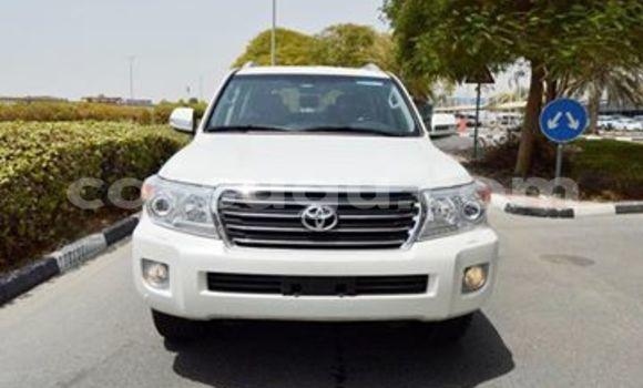 Acheter Neuf Voiture Toyota Land Cruiser Blanc à Bobo Dioulasso au Burkina-Faso