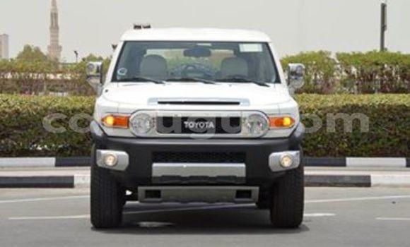 Acheter Neuf Voiture Toyota FJ Cruiser Blanc à Ouagadougou, Burkina-Faso