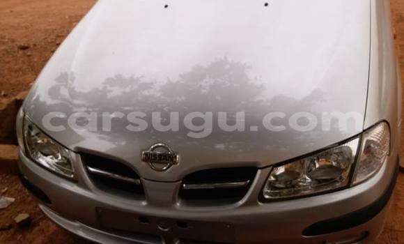 Acheter Occasions Voiture Nissan Almera Gris à Ouagadougou au Burkina-Faso