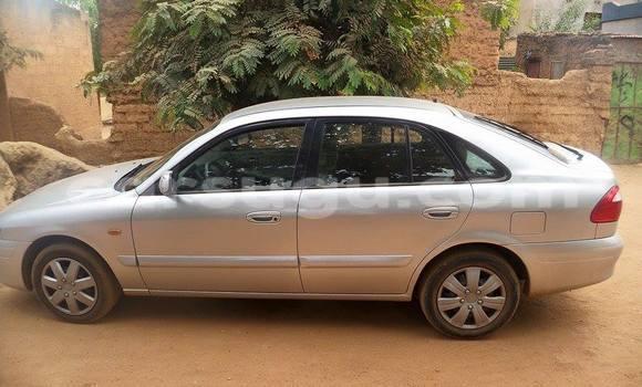 Acheter Occasion Voiture Mazda 626 Marron à Ouagadougou, Burkina-Faso