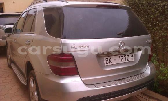 Acheter Neuf Voiture Mercedes-Benz ML–Class Gris à Ouagadougou, Burkina-Faso