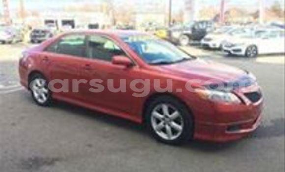 Acheter Neuf Voiture Toyota Camry Rouge à Ouagadougou au Burkina-Faso