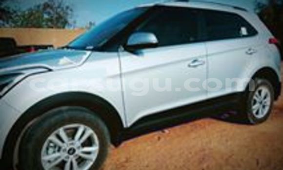Acheter Occasion Voiture Hyundai Accent Gris à Ouagadougou, Burkina-Faso