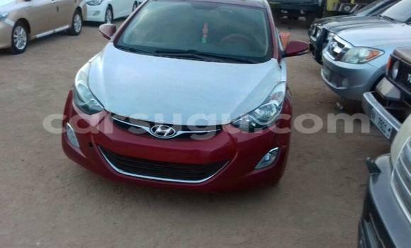Acheter Occasion Voiture Hyundai Elantra Rouge à Ouagadougou, Burkina-Faso
