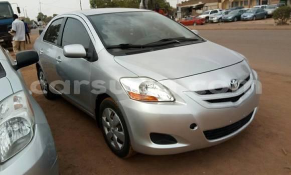 Acheter Neuf Voiture Toyota Yaris Gris à Ouagadougou, Burkina-Faso