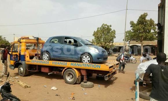 Acheter Neuf Voiture Toyota Yaris Gris à Ouagadougou au Burkina-Faso