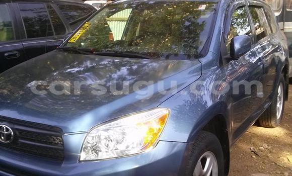 Acheter Neuf Voiture Toyota RAV4 Bleu à Ouagadougou au Burkina-Faso