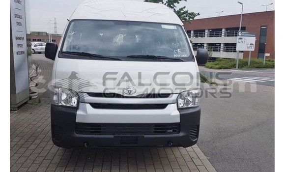 Medium with watermark toyota hiace burkina faso import dubai 6204