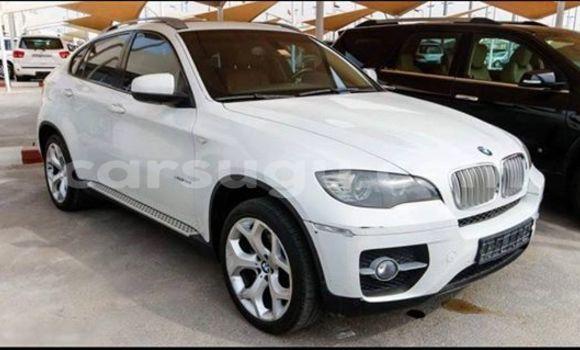 Acheter Neuf Voiture BMW X6 Blanc à Ouagadougou au Burkina-Faso