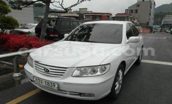 Acheter Voiture Hyundai Azera Blanc à Ouagadougou en Burkina-Faso