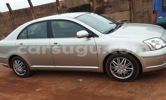 Acheter Occasion Voiture Toyota Avensis Gris à Ouagadougou, Burkina-Faso